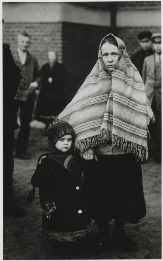 """<span class=""""photo-caption"""">Mennonite mother and child refugees from Russia.</span><span class=""""photo-credit"""">Mennonite Central Committee Photograph Collection</span>"""